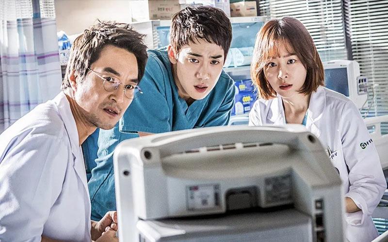 ซีรีส์เกาหลี Dr. Romantic 2 / Romantic Doctor